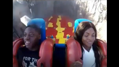Girl's Wig Goes Flying Off While Riding Slingshot!