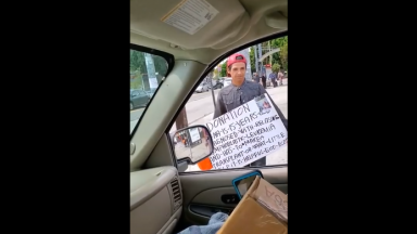 Things Got Heated After Passerby's Call Out A Scammer In Their Neighborhood!