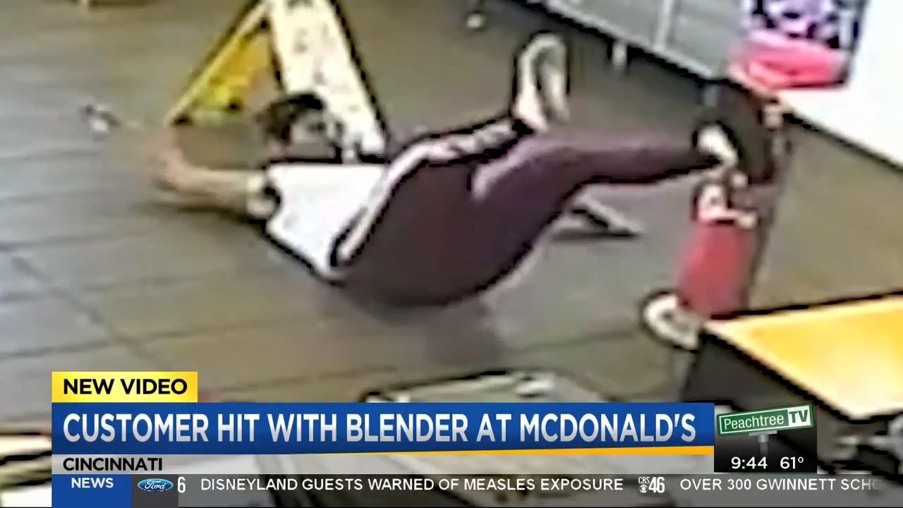 Care N Care >> McDonald's Manager Throws Blender At Customer!