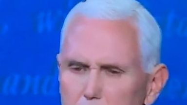 ripsave - Mike Pence unknowingly has a fly on his head for an uncomfortably long time and doesn't notice.